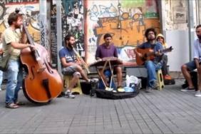 müziği i̇le sokağa can verenler