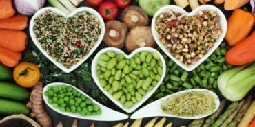 beslenmede gıdaya, i̇srafa ve paylaşmaya dikkat!